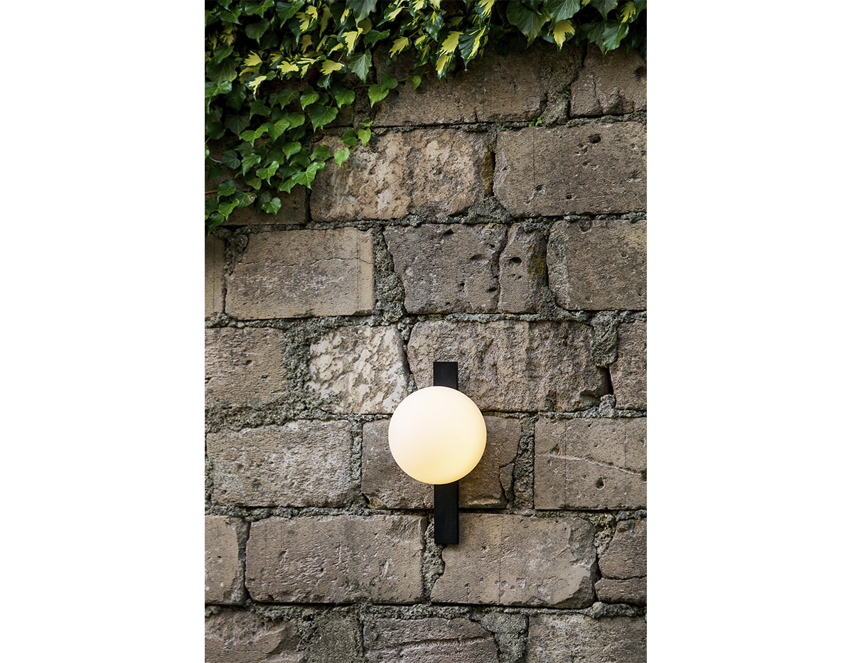 Circ A 3720 Wall Lamp Estiluz Image Product 04