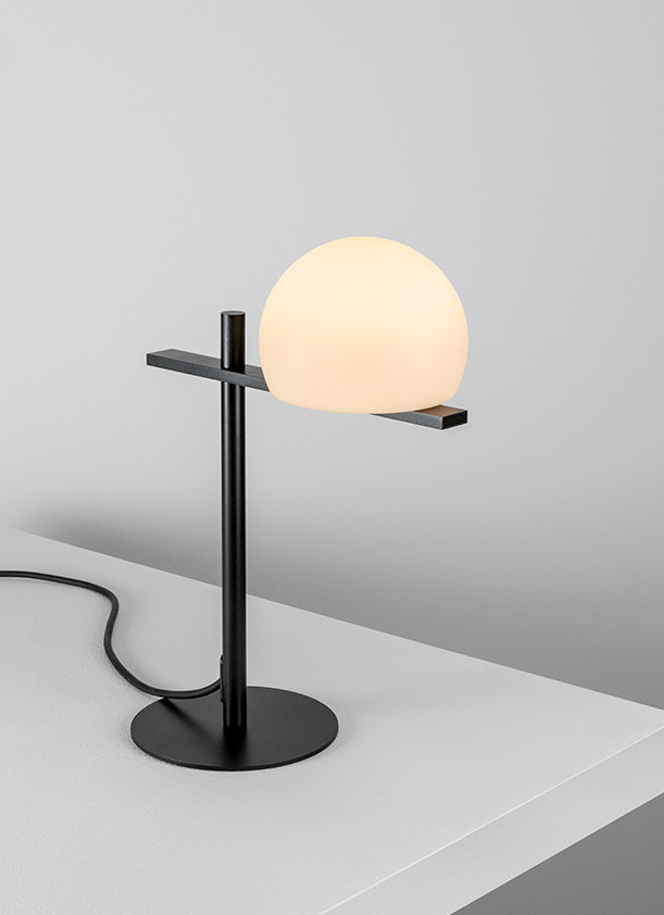 Circ M 3728 Table Lamp Estiluz Image Primary