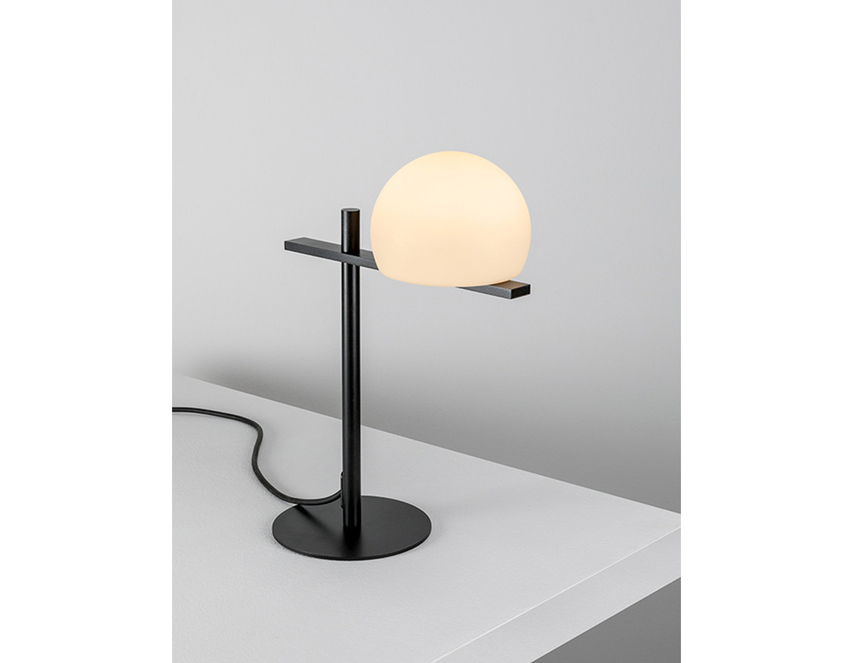 Circ M 3728 Table Lamp Estiluz Image Product 02 1