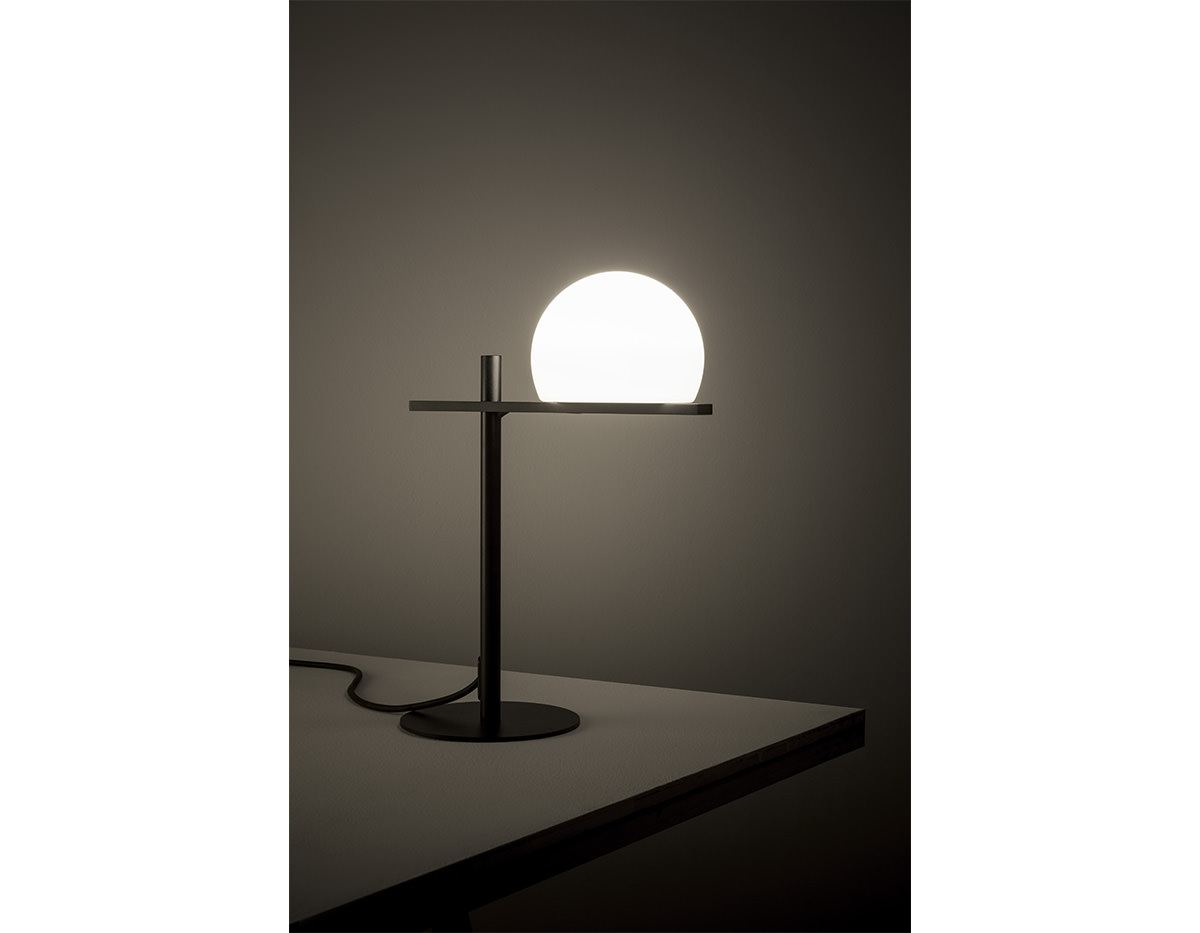 Circ M 3728 Table Lamp Estiluz Image Product 04 1