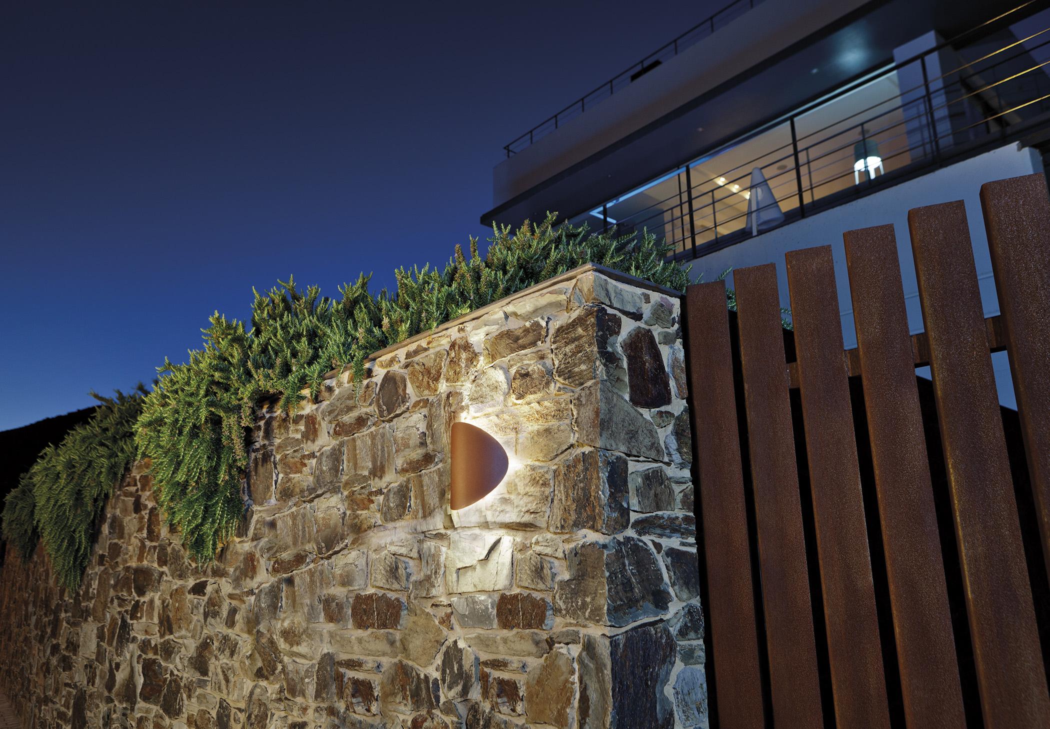 Lune A 3370w Wall Lamp Estiluz Image Ambient 02