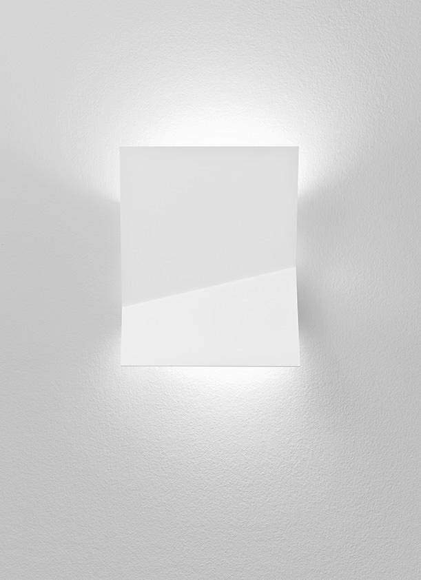 Piu A 3320l Wall Lamp Estiluz  Image Primary 1