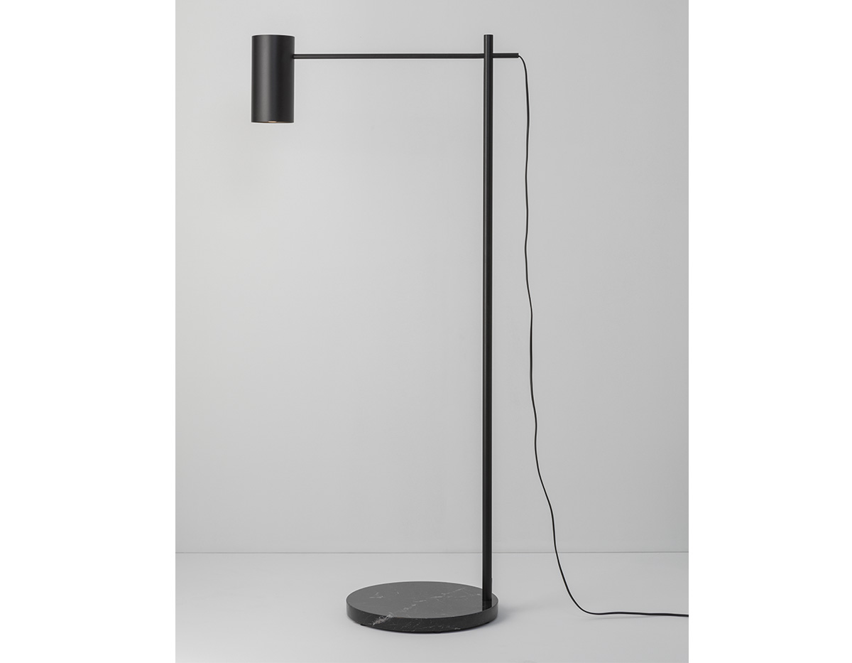 Cyls P 3908 Floor Lamp Product 03